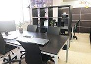 明るく、清潔感のある設備環境・広いオフィスを構えた一般企業です!